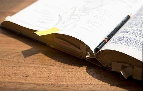成人高考和自考的区别在哪里?入学考试简单吗!
